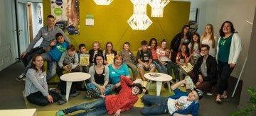 """Dzień dziecka w fotelu prezesa: podopieczni """"Akademii przyszłości"""" odwiedzili Nową Erę"""