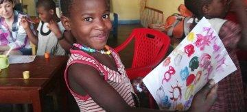 Nowa Era wspiera dzieci z Ugandy!