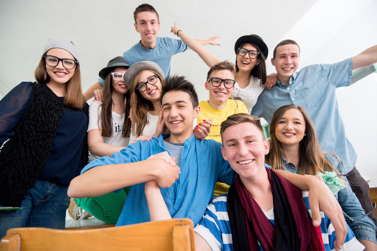 Przyjazna przestrzeń dla młodych fot. Zurijeta / Shutterstock / Zdjęcie ilustracyjne
