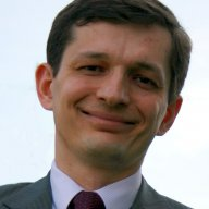 dr Tomasz Rachwał